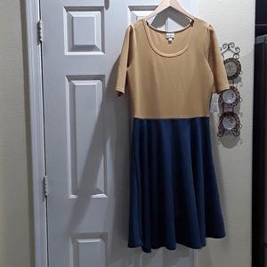 LuLaRoe Nicole perfect T Dress.